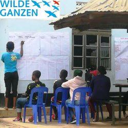 youth peer educators aan het werk met WG logo